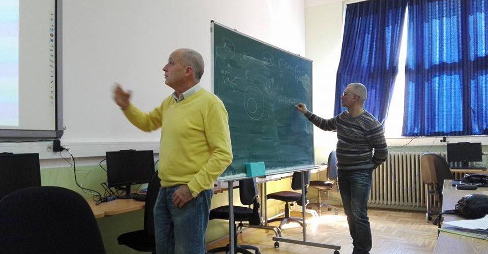 Predavanje u Šestoj beogradskoj gimnaziji 1